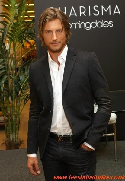 Louis Vuitton Mens Belt Celebrity louisvuittonoutletuk.ru
