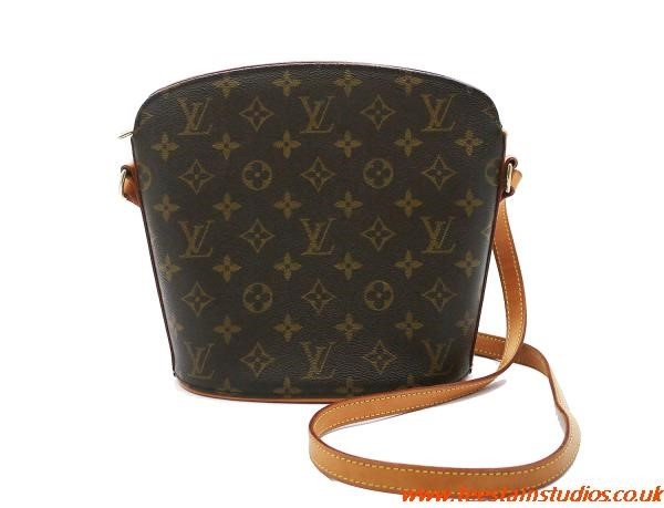 Louis Vuitton Bucket Bag Vintage