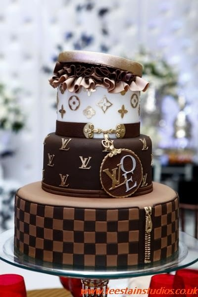 Lv Cake Images
