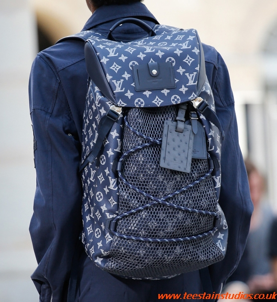 bc74811e9b88 Mens Louis Vuitton Backpack louisvuittonoutletuk.ru